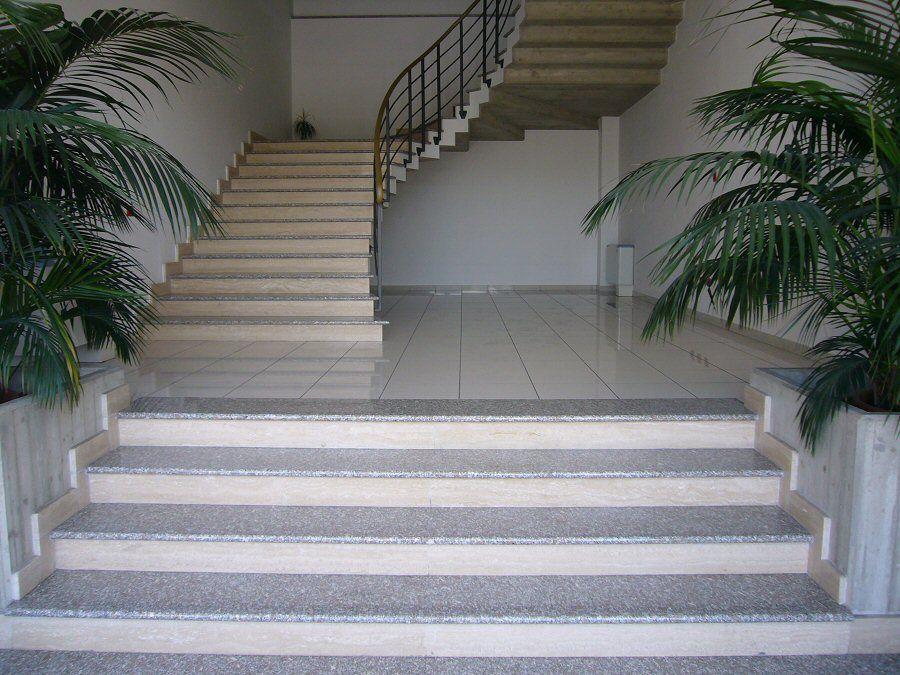 Setmarmi vendita e montaggio marmi graniti pavimenti - Granito per scale ...