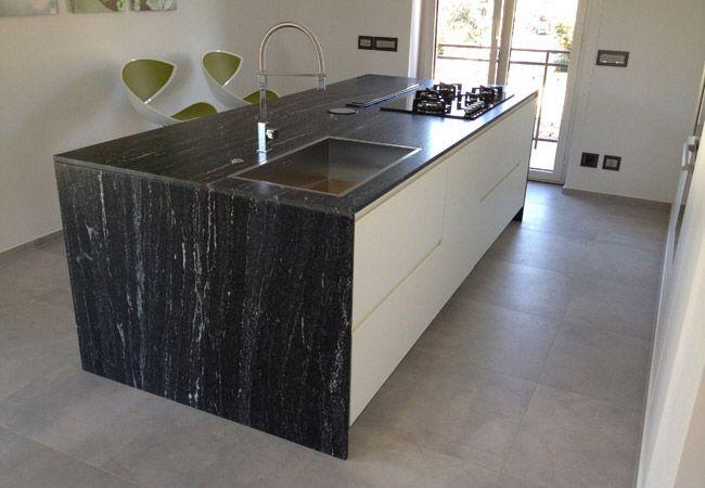 Top cucina granito great cucina in legno palissandro e top in granito nero rosewood with top - Top cucina in granito ...