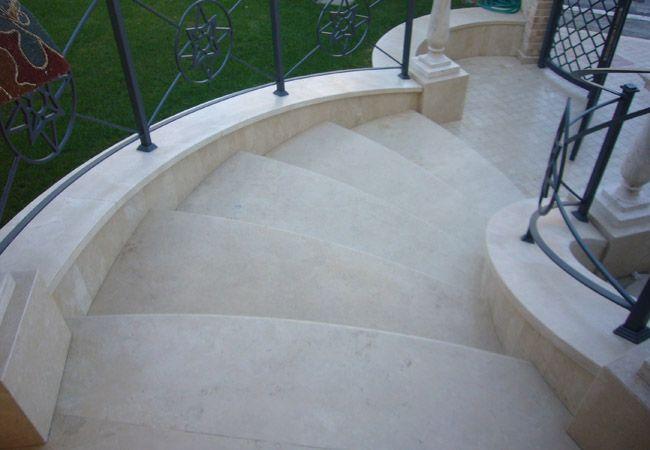 Setmarmi vendita e montaggio marmi graniti pavimenti for Colonnine bagno